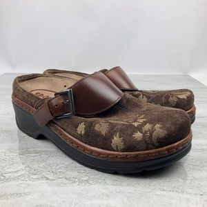Klogs Brown Suede Floral  Women's Clogs